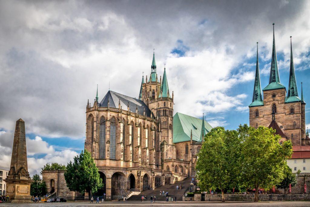 Einkommensgrenzen prüfen und WBS in Erfurt beantragen